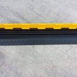 EDP-2 Rampe de protection modulaire en caoutchouc à double canal avec couvercle rabattable, pour conduits de 28 mm de diamètre. de la marque SNS SAFETY LTD image 1 produit
