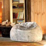 Icon Chaise Pouf de luxe grande taille en Fausse Fourrure douce Pouf luxueux énorme pour adulte en Fourrure - XL Pouf Poire Adulte (Gris) de la marque Icon image 4 produit
