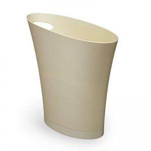 Umbra Skinny Can. Corbeille Skinny. 7.5L dimension 34x17x33cm. En plastique moulé, coloris beige naturel. de la marque Umbra image 0 produit